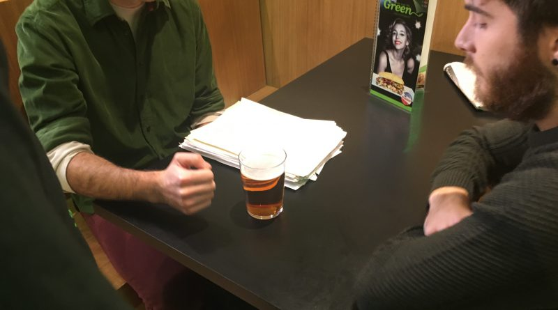 Segundo día de grabación de la webserie Morrosko en el Restaurante Green de Postas- Plaza de los Fueros(Vitoria-Gasteiz)